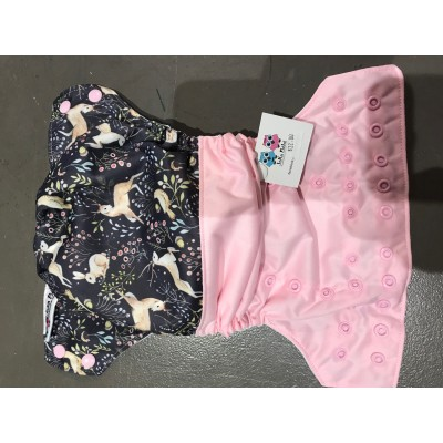 Couche lavable à poche Animaux de la forêt/rose Joka (8-35 lbs)
