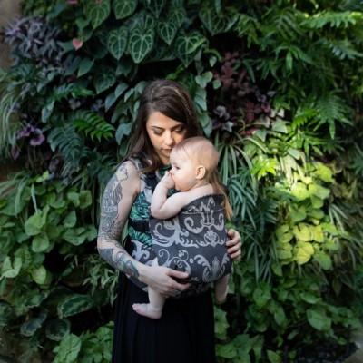 Porte-bébé moulé évolutif Zee Zen Gustine (8-35 lbs)